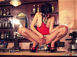 Oriental goddess can make her fuckbox sense great enough to spray