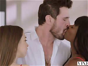 VIXEN Riley Reid has strenuous 3some with Ana Foxxx and bf