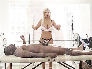 buxomy massagist leaping on a yam-sized black dong