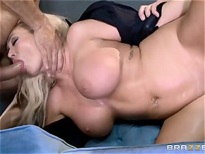 hot cop Summer Brielle spit roasted by two criminals