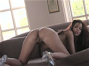warm honey Isis Taylor gets raw and naughty on the sofa for super-fucking-hot action