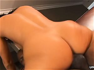 huge bum dark-haired stunner takes on a enormous black manmeat