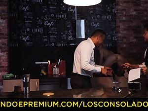 LOS CONSOLADORES - Hungarian platinum-blonde gets penetrated point of view