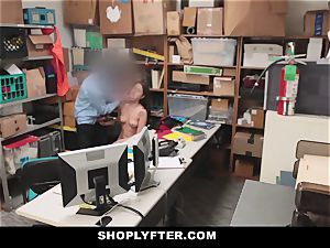 Shoplyfter - Troublemaking nubile drills To Not Go To jail