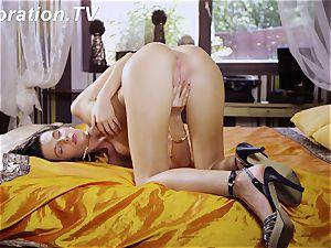 super-fucking-hot virgin Marlenka enjoys herself in the couch