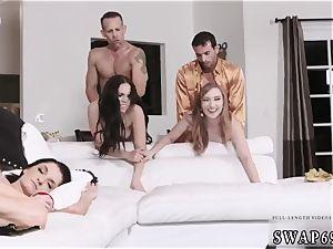Step parent pokes sleeping companion patron s daughter fresh yr fresh swap