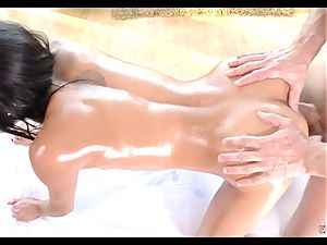 Chloe Amour oily massage and humping