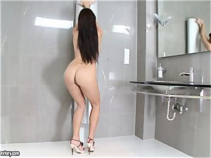 incredible Aletta Ocean adds some shine to her assets