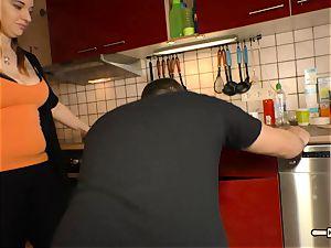 Hausfrau Ficken - brown-haired German plumper cheats on hubby