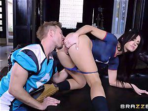 Frustrated Jennifer white rails Bill Bailey for a steaming facial