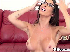Bigtitted web cam beauty Dava Foxx pokes