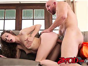 Alexa Nova is a pervert and wants her backside spread