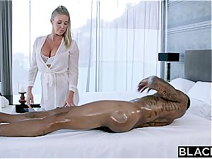 Fit man rod for obscene Samantha Saint and her taut beaver