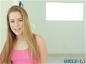 stunner rubbing girl-on-girl box
