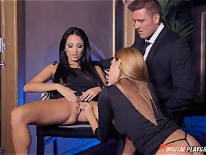 Anissa Kate and Subil bend glide some man sausage down their rosy pretty tacos