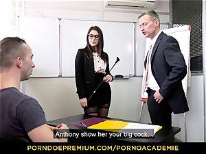 porno ACADEMIE - schoolteacher Valentina Nappi MMF threeway