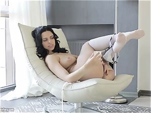 big-boobed ultra-cutie from Russia Kira princess flashes her stylish slit