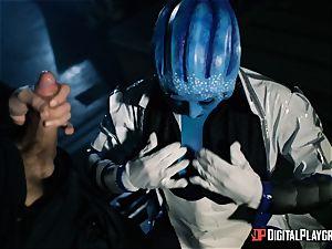 Space porn parody with super-steamy alien Rachel Starr
