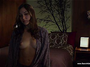 jaw-dropping Sasha Grey bares her smallish boobies