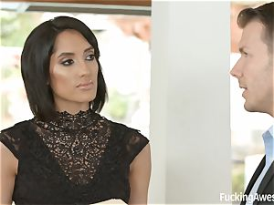 FuckingAwesome Chloe Amour gets romped by MMA fighter