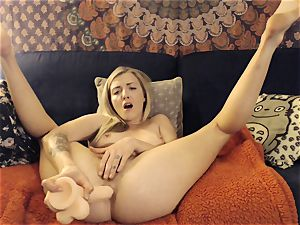 Karla Kush drizzling buttfuck ejaculation from Home