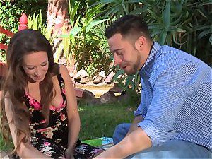 Facade Sn four go on a super-steamy picnic with sexy Cassidy Klein