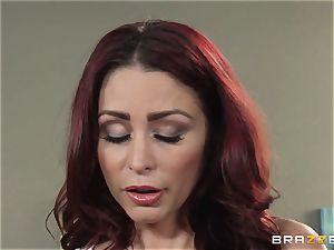 wife Lezley Zen gets revenge on super-sexy masseur Monique Alexander