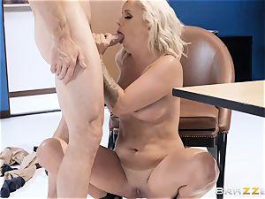 pounding on her lunch break