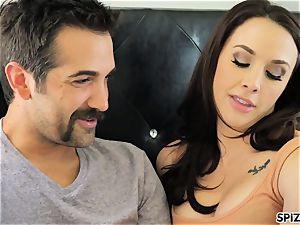 Spizoo - watch Chanel Preston gargling and romping