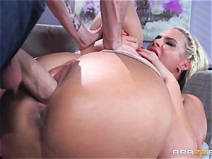 Phoenix Marie gets fucked in the booty by meaty dicked Danny D