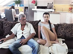 DADDY4K. daddy takes part in spontaneous bang-out with bombshell Erica black