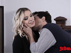 ash-blonde Kenzie Taylor sucking schlong before cowgirl